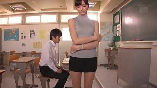 Tight sleeveness turtleneck on this tall hardcore Asian babe